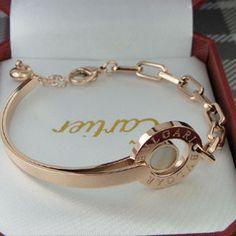 Dorada con nacar Real Gold Jewelry, Mom Jewelry, Cute Jewelry, Luxury Jewelry, Diamond Jewelry, Bridal Jewelry, Women Accessories, Jewelry Accessories, Fashion Accessories