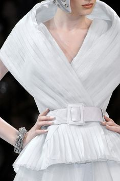 c9cda3368f Christian Dior Couture Details Fall 2008 - Indulge in a Decade of Dior  Couture Runway Details