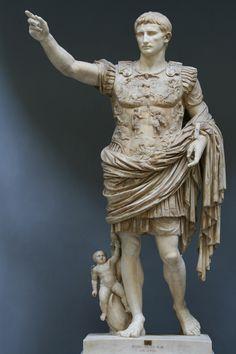 OCTAVIO AUGUSTO (23-9-63 a.C. - 19-8-14 d.C.)  Cayo Julio César Octavio nació en una de las familias más ricas de Roma y fue adoptado como hijo por Julio César, su tío abuelo, cuando contaba dieciocho años (septiembre 45 a.C.).   http://www.arqweb.com/vitrum/augusto.asp