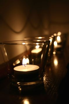 From Depressing to Enticing: Making the rental feel like yours - # Diwali Photography, November Wallpaper, Deep Photos, Beautiful Candles, Romantic Candles, Twinkle Lights, Candle Lanterns, Fairy Lights, Cute Wallpapers