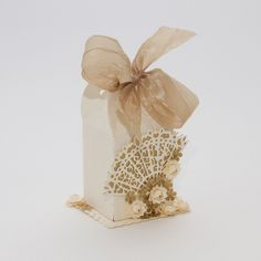Tonic box die with Rococo fan
