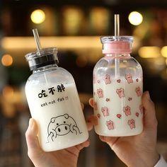 Cute Pig Water Bottle 450 ml - Kawaii - Cute Water Bottles, Glass Water Bottle, Glass Bottles, Kawaii Pig, Kawaii Shop, Japanese Snacks, Cute Pigs, Cafe Food, Bubble Tea