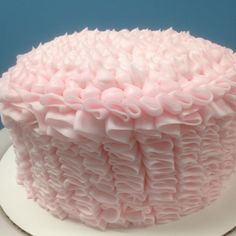 Vintage princess smash cake, I need to learn how to do this lacey look with frosting