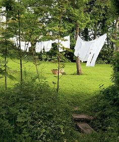Happiness is to see the clothes on the clothesline with the touch of the wind