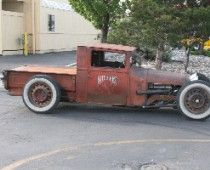 i love this car.... you can smell the rust from the 30's  wavering off this vehicle....