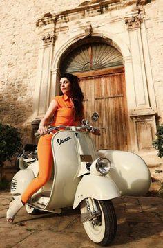 Vespa promo picture (Italian style)