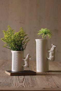 Porcelain Pig Vase! cute!
