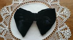 Retro Vintage Black Velvet Oversized Droopy Butterfly Bow Tie Floppy 5X4 Bowtie #RoyalApparel #BowTie