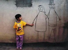 أرسم شارعاً وأتسكع فيه مع أحلامي.. أرسمُ قلبي، وأسأله: أين أنت؟  عدنان الصايغ
