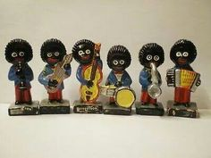 ROBERTSONS GOLLIWOGS My Great Aunty Nancy used to save the coupons from the jam jars and send off for these little golly figures (and brooches. 1970s Childhood, My Childhood Memories, Hand Painted Pottery, Pottery Painting, Retro Toys, Vintage Toys, I Remember When, My Memory, Old Toys