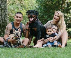 Teen Mom Couple Heads to College: Kailyn Lowry and Javi Marroquin Both Enroll in School Teen And Dad, Reality Tv Shows, Book Tv, Girls Life, Celebrity Couples, Movies Showing, Mtv, Good Movies, Dads