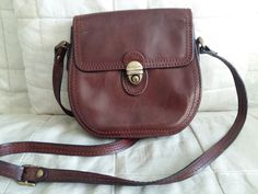 015dd16ee39c Gianni Conti Womens Brown Leather Small Shoulder Cross Body Bag Vintage   GianniConti  MessengerCrossBody