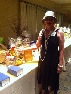 11/13/13   With Mia Bella Relaxation Gift Basket featuring Key Lime Bakery candle at Literacy Volunteers of NJ Gala.