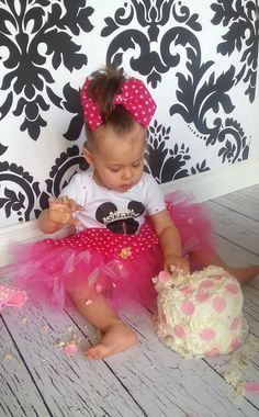 Minnie mouse birthday tutu outfit cake smash baby by TulleVogue, $55.00