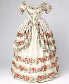 Evening dress, England, ca. 1851. Worn by Queen Victoria. Royal Collection