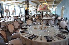 Urmează un eveniment important în viața ta ? Lasă-ne să te ajutăm să-ți îndeplinești visul !   Restaurantul TurQuoiSE  iți oferă o locație deosebită cu deschidere la malul mării unde te poți bucura de până la 450 de invitați pentru orice tip de eveniment privat (nuntă, cununie civilă în aer liber pe terasă cu piscină sau pe plajă, botez, logodnă, aniversare, majorat) sau corporate (seminarii, conferințe, ședințe, aniversări, petrecere crăciun, workshop-uri, team building-uri, evenimente… Marie, Table Settings, Restaurant, Littoral Zone, Diner Restaurant, Place Settings, Restaurants, Dining, Tablescapes
