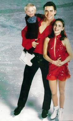 Sergei and Ekaterina - best pairs skaters ever. He passed away way too young.