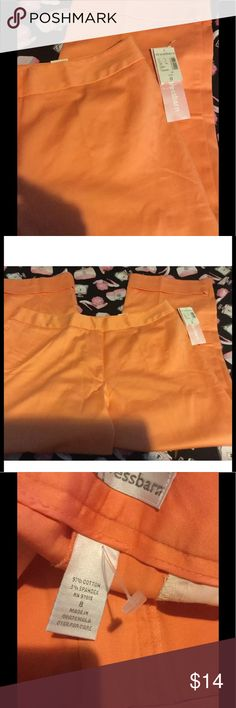 LAST CHANCE Orange Capris New With Tags Dressbarn Ladies sz 8 Stretch Cotton Pastel Orange Capris New With Tags🎉🎉🎉LAST CHANCE CLEARANCE WILL BE DELETED IN 24 HOURS💕🍩NO OTHER DISCOUNTS UNLESS YOU BUNDLE Dress Barn Pants Ankle & Cropped
