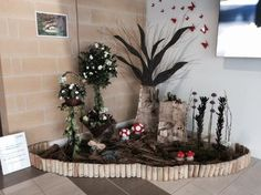 Window display assignment by Level 2 Floristry students. Well done ladies, great job!