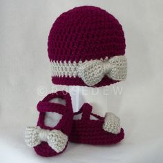 Crocheted Bow Hat and Mary Jane Shoes Baby Girl Set in by R0SEDEW