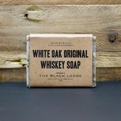 White Oak Whiskey Bar Soap by Cloak & Dapper Soap Labels, Soap Packaging, Brand Packaging, Packaging Design, Packaging Inspiration, Design Inspiration, Design Package, Vintage Poster, Black Soap