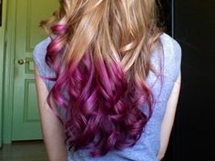 I really like the dip dye trend. I may try it out on some extensions.