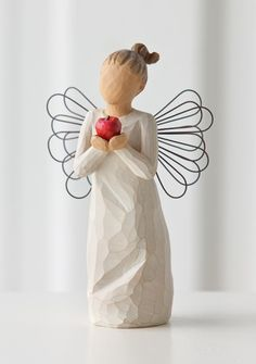 Willow Tree® You're the Best Teacher Angel Figurine - Figurines - Hallmark Angel Sculpture, Sculpture Art, Willow Tree Engel, Willow Tree Statues, Willow Figurines, Willow Tree Figuren, The Better Angels, Hand Carved, Hand Painted