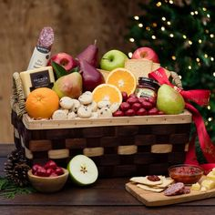 Our 2017 Holiday Hamper Fruit Basket is the perfect gift for someone who is hard to shop for. You can't go wrong! Get ready for chocolates, cookies, fruits, crackers, salami and so much more.