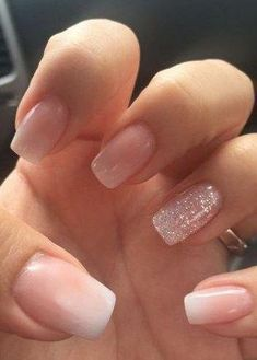 Semi-permanent varnish, false nails, patches: which manicure to choose? - My Nails Wedding Acrylic Nails, Simple Acrylic Nails, Summer Acrylic Nails, Best Acrylic Nails, Acrylic Nail Designs, Simple Nails, Wedding Nail, Summer Nails, Classy Nails
