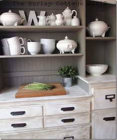 Annie Sloan Chalk Paint Kitchen Hutch @ The Burlap Cottage using French Linen and pure white chalk paint with clear and dark wax Hutch Makeover, Kitchen Table Makeover, Kitchen Hutch, Kitchen Paint, New Kitchen, Furniture Makeover, Diy Furniture, Nursery Furniture, Dining Hutch