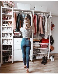 Best Closet Organisation Ideen, die Sie sofort stehlen möchten Best Closet Organization Ideas that you want to steal instantly like – Closet Bedroom, Closet Space, Bedroom Storage, Diy Bedroom, Trendy Bedroom, Wardrobe Storage, Open Wardrobe, Capsule Wardrobe, Shoe Storage