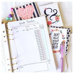 To all of you who are returning to school: good luck and stay motivated! Dream Note, Cute Planner, Study Planner, Planner Inserts, How To Stay Motivated, Back To School, How To Draw Hands, Printables, Motivation