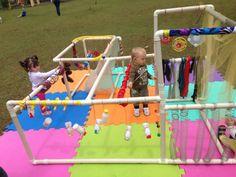 Sensory outdoor area on foam tiles Fun Activities For Toddlers, Sensory Activities, Infant Activities, Music Activities, Baby Sensory Play, Baby Play, Baby Toys, Kids Toys, Montessori Toddler