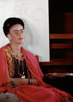Rare and loving photos of Frida Kahlo capture the artist and feminist icon in the last years of her life Diego Rivera, Freida Kahlo, Friday Pictures, Friday Pics, Kahlo Paintings, Frida And Diego, Frida Art, Feminist Icons, Mexican Artists