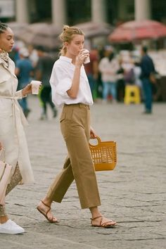 Weekend Outfit Idea: White Button-Down Shirt, Tan Pants, and Strappy Flat Sandals