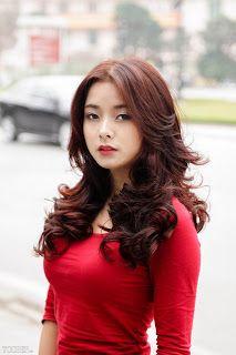 Yêu Mái Tóc: Dùng xịt dưỡng tóc giải nhiệt mùa hè giúp tóc yêu thêm khỏe