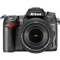 Nikon - D7000 Digital SLR Camera with 18-140mm VR Lens - Black