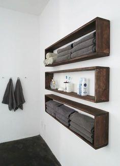 Een standaard badkamer is meestal niet zo gek groot. Een kast om wat spullen in op te bergen kun je er meestal niet kwijt.