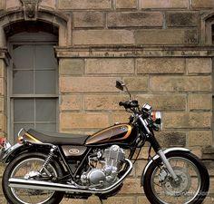 YAMAHA SR 400 (2002 - 2005)