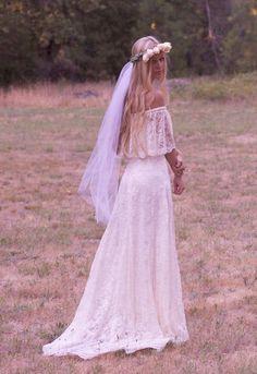 Прекрасное свадебное платье в стиле Бохо