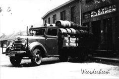 Peperstraat Brouwerij 'De Zwaan' HJ Baken 1936. Brouwerij dateert reeds van voor 1832.  In 1951 werd gestopt met het brouwen van bier. Thans zijn de gebouwen in gebruik voor horecadoeleinden.