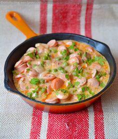 Sausage stew with green peas - Zöldborsós virslipörkölt Food Porn, B Food, Good Food, Pork Recipes, Cooking Recipes, Healthy Recipes, Eastern European Recipes, Hungarian Recipes, Food And Drink