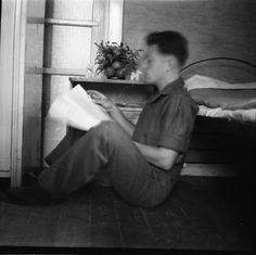 Del av bildesamling fra Jøraholmen . Samlingen inneholder familiebilder fra Jøraholmen og reiser fra før og etter andre verdenskrig (1920-tallet til 1970-tallet). Fotografering 1949-01-01 - 1949-12-31
