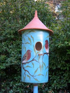 ●❥ʜᴀᴅᴀᴄᴀʀᴏʟɪɴᴀ❥● Painted Birdhouses, Bird Houses Painted, Outdoor Projects, Outdoor Decor, Bird Watching, Birds, Diy, Painting, Home Decor