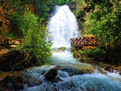 beautiful-forest-waterfall-wallpaper-53748af6cdcab.jpg (2100×1575)