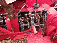 Nuffield 10/60 Gearbox Cutaway
