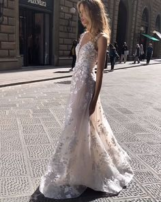 #TSCollection Our beauty ELISA in Florence! TOM SÉBASTIEN couture wedding dress. Lace Wedding, Wedding Dresses, Dream Dress, Bridal Collection, Florence, Toms, Couture, Beauty, Fashion