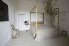 designers block: A House To Be Desired - Josephine Ryan Dream Bedroom, Master Bedroom, Interior And Exterior, Interior Design, Rural House, Cool Beds, Beautiful Bedrooms, Renting A House, Interior Inspiration
