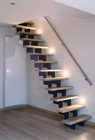 Des barreaux du sol au plafond pour remplacer rambarde escalier google search escalier for Comescalier escamotable pour grenier
