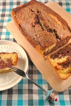 Good Food, Yummy Food, Marble Cake, Dutch Recipes, Pie Cake, Baking Tips, Creme, Banana Bread, Cake Recipes